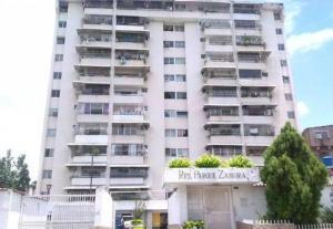 Apartamento En Ventaen Charallave, Centro De Charallave, Venezuela, VE RAH: 20-5808