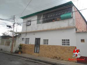 Casa En Ventaen Maracay, La Coromoto, Venezuela, VE RAH: 20-5804