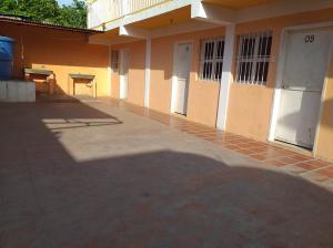 Casa En Ventaen Coro, Sector Bobare, Venezuela, VE RAH: 20-5828