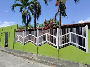 Casa En Ventaen Turmero, Valle De Cafetal, Venezuela, VE RAH: 20-5830