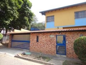 Casa En Ventaen Caracas, Macaracuay, Venezuela, VE RAH: 20-5877