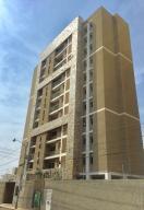 Apartamento En Ventaen Maracaibo, Valle Frio, Venezuela, VE RAH: 20-5910