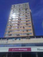 Apartamento En Ventaen Puerto La Cruz, Puerto La Cruz, Venezuela, VE RAH: 20-5936