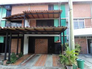 Townhouse En Ventaen Guarenas, Nueva Casarapa, Venezuela, VE RAH: 20-5962