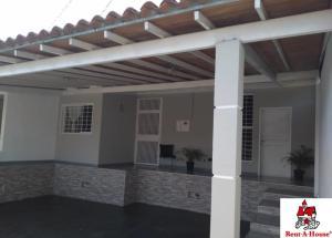 Casa En Ventaen Cabudare, La Mora, Venezuela, VE RAH: 20-6055