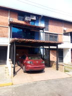 Townhouse En Ventaen Guarenas, Nueva Casarapa, Venezuela, VE RAH: 20-6596