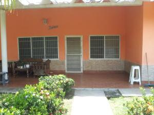 Casa En Ventaen Rio Chico, El Cangregal, Venezuela, VE RAH: 20-6012