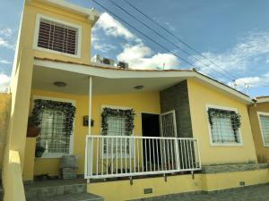 Casa En Ventaen Barquisimeto, Hacienda Yucatan, Venezuela, VE RAH: 20-6011