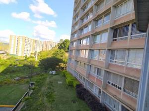 Apartamento En Ventaen Caracas, El Encantado, Venezuela, VE RAH: 20-6212