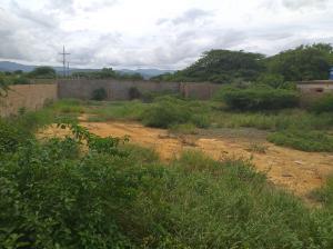 Terreno En Ventaen Coro, Intercomunal Coro La Vela, Venezuela, VE RAH: 20-6077