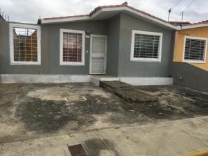 Casa En Ventaen Barquisimeto, Hacienda Yucatan, Venezuela, VE RAH: 20-6397