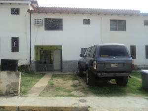 Townhouse En Ventaen Cua, Quebrada De Cua, Venezuela, VE RAH: 20-6117