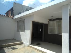 Local Comercial En Alquileren Barquisimeto, Centro, Venezuela, VE RAH: 20-11625