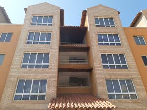 Apartamento En Ventaen Lecheria, Av Diego Bautista Urbaneja, Venezuela, VE RAH: 20-5963