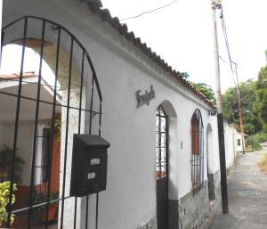Casa En Ventaen Municipio Naguanagua, La Campina I, Venezuela, VE RAH: 20-6158