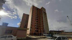 Apartamento En Ventaen Cabudare, Centro, Venezuela, VE RAH: 20-6167