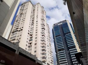 Apartamento En Ventaen Caracas, Parroquia La Candelaria, Venezuela, VE RAH: 20-6204