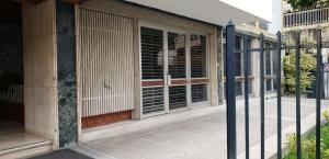 Local Comercial En Ventaen Caracas, El Marques, Venezuela, VE RAH: 20-6232