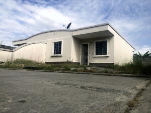 Casa En Ventaen Acarigua, Centro, Venezuela, VE RAH: 20-6234