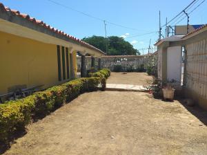 Casa En Ventaen Coro, Centro, Venezuela, VE RAH: 20-6268
