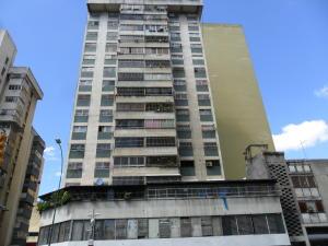 Apartamento En Ventaen Caracas, Parroquia Altagracia, Venezuela, VE RAH: 20-6316