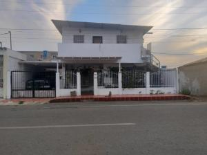 Casa En Ventaen Punto Fijo, Puerta Maraven, Venezuela, VE RAH: 20-6320