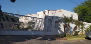 Townhouse En Ventaen Maracaibo, Lago Mar Beach, Venezuela, VE RAH: 20-6331