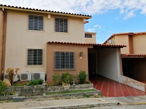 Casa En Ventaen Cabudare, Parroquia José Gregorio, Venezuela, VE RAH: 20-6370