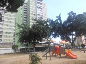 Apartamento En Ventaen Caracas, El Paraiso, Venezuela, VE RAH: 20-6373