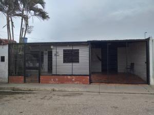 Casa En Ventaen Barquisimeto, Parroquia El Cuji, Venezuela, VE RAH: 20-6395