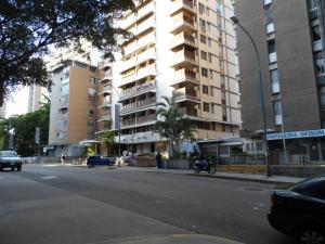 Apartamento En Ventaen Caracas, Los Palos Grandes, Venezuela, VE RAH: 20-6311
