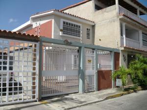 Casa En Ventaen Guatire, Sector San Pedro, Venezuela, VE RAH: 20-6464