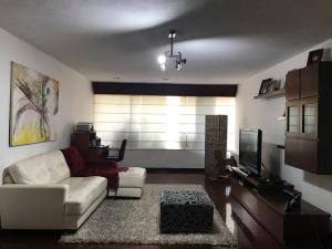 Apartamento En Ventaen Caracas, El Cafetal, Venezuela, VE RAH: 20-6488