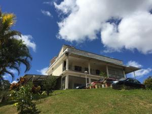 Casa En Ventaen Carrizal, Municipio Carrizal, Venezuela, VE RAH: 20-7583