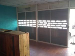 Local Comercial En Alquileren Maracaibo, Paraiso, Venezuela, VE RAH: 20-6503