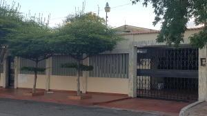 Casa En Alquileren Maracaibo, Sucre, Venezuela, VE RAH: 20-6507