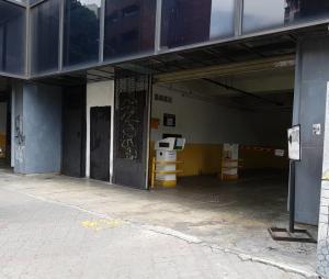Local Comercial En Ventaen Caracas, El Recreo, Venezuela, VE RAH: 20-6582