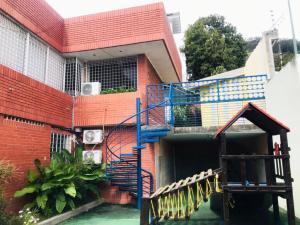 Casa En Ventaen Caracas, Alta Florida, Venezuela, VE RAH: 20-6675