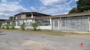Casa En Ventaen Turmero, Valle De Paya, Venezuela, VE RAH: 20-6588