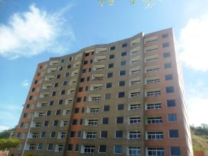 Apartamento En Ventaen Charallave, Centro De Charallave, Venezuela, VE RAH: 20-6590