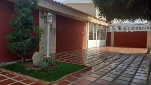 Casa En Ventaen Maracaibo, Doral Norte, Venezuela, VE RAH: 20-6629