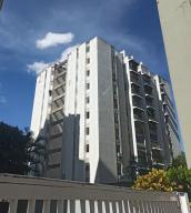 Apartamento En Ventaen Caracas, Prados Del Este, Venezuela, VE RAH: 20-6672