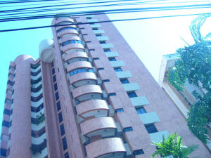 Apartamento En Ventaen Maracaibo, Las Mercedes, Venezuela, VE RAH: 20-6680