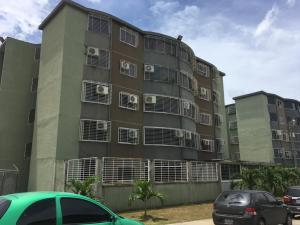 Apartamento En Ventaen Guatire, La Sabana, Venezuela, VE RAH: 20-6826