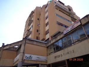 Apartamento En Ventaen Caracas, El Paraiso, Venezuela, VE RAH: 20-6708