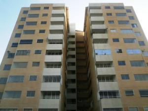 Apartamento En Ventaen Charallave, Centro De Charallave, Venezuela, VE RAH: 20-6711