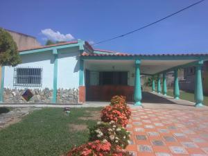 Casa En Ventaen Municipio San Diego, San Francisco De Cupira, Venezuela, VE RAH: 20-6758
