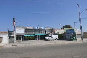 Local Comercial En Ventaen Maracaibo, Cantaclaro, Venezuela, VE RAH: 20-6747