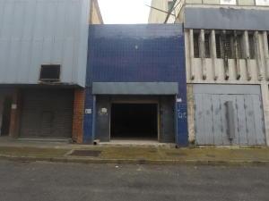 Local Comercial En Ventaen Caracas, San Martin, Venezuela, VE RAH: 20-6756
