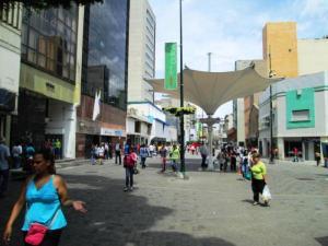 Local Comercial En Ventaen Caracas, Sabana Grande, Venezuela, VE RAH: 20-6764